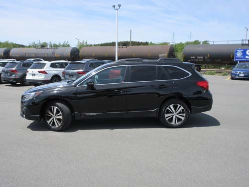 Pre-Owned 2018 Subaru Outback 3.6R Limited w/ EyeSight